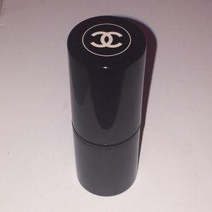 Small Chanel make up brush